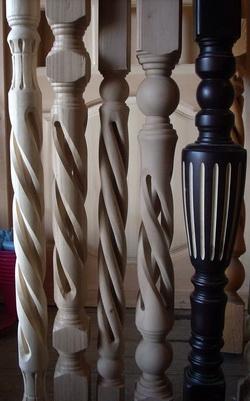 Фото 11 Балясины деревянные спираль