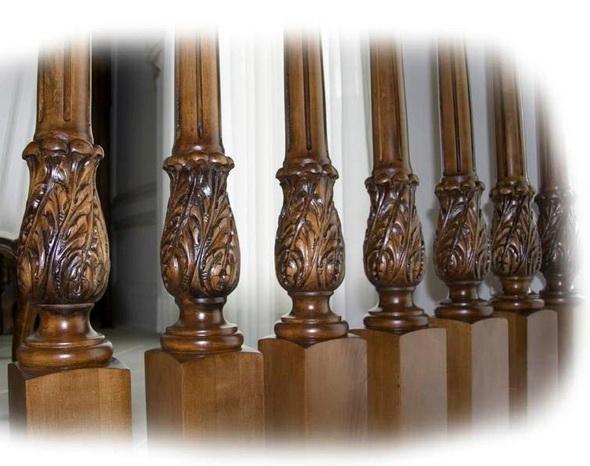 Фото 13 Балясины деревянные.