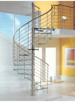 Фото 42 Балясины из металла винтовая лестница в стиле High-tech